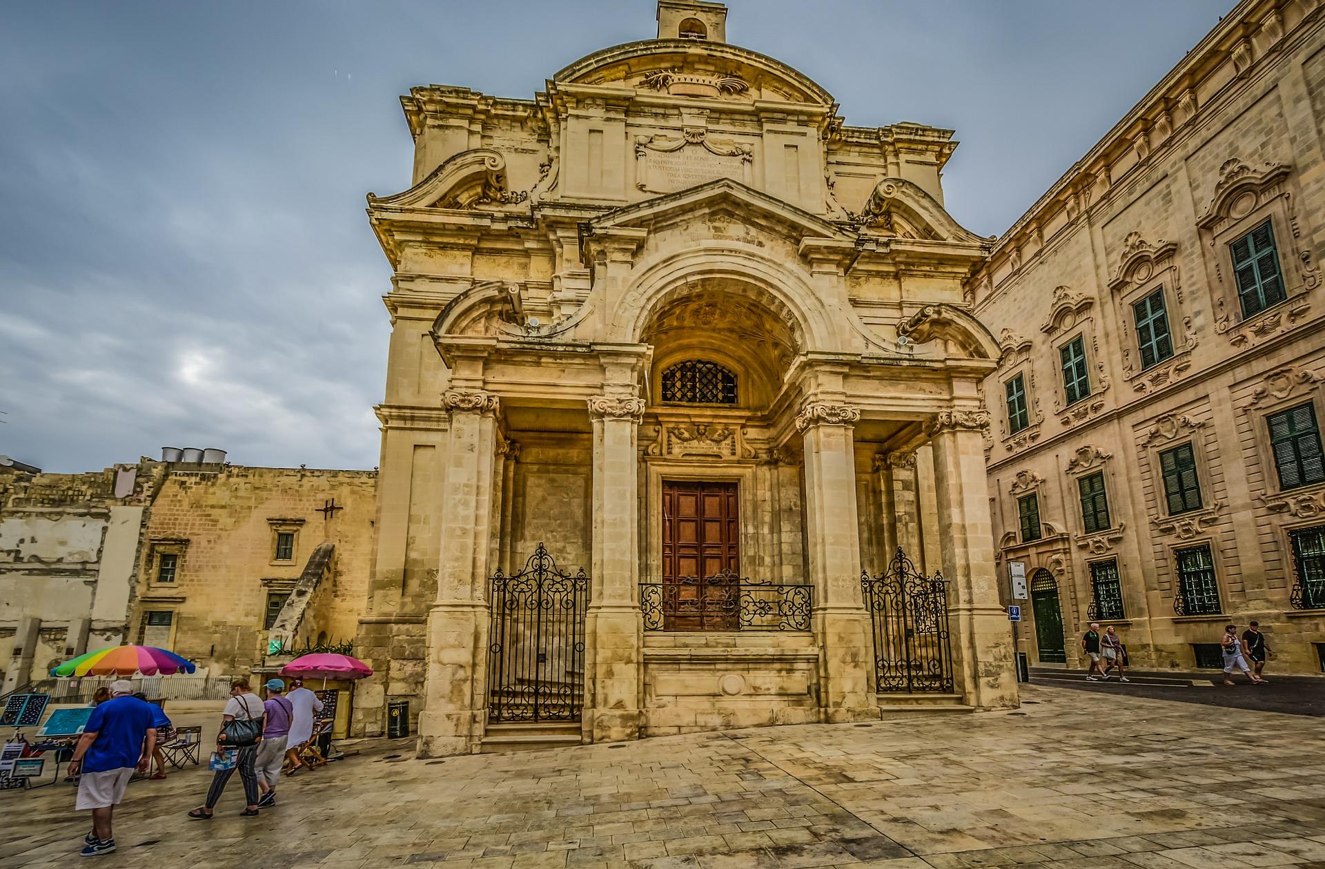 Cultura, gastronomia y buceo en Malta