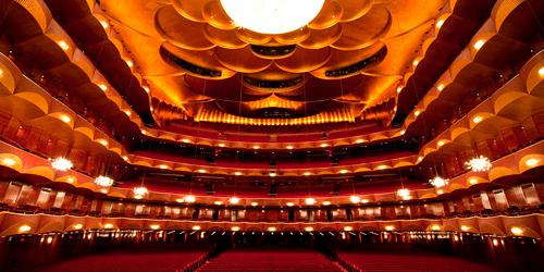 UNA NOCHE EN LA ÓPERA En tu Teatro preferido