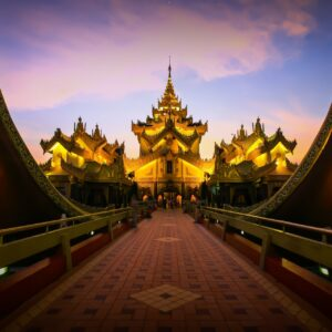 Myanmar Clásico, contrastes y tradiciones