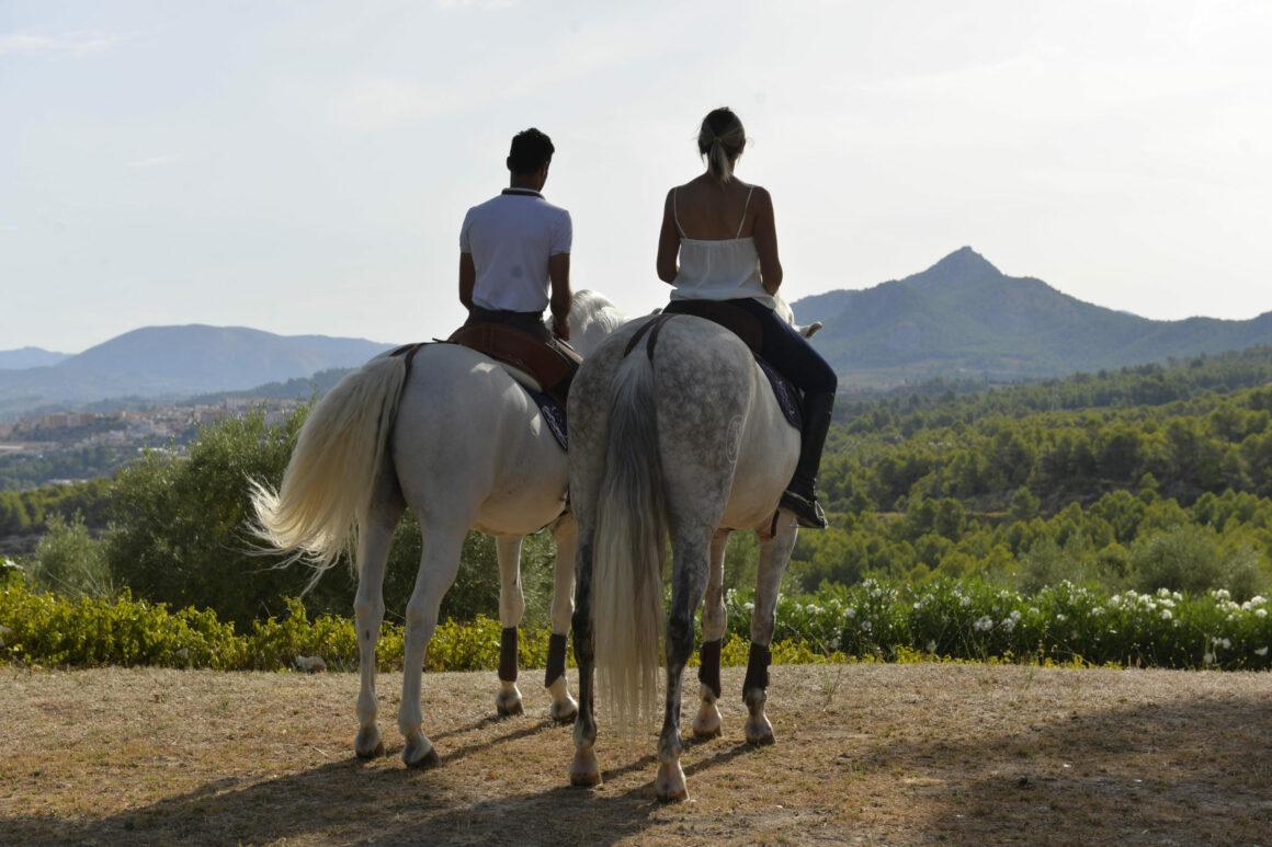 Paseo a caballo por La Hoya de Alcoy