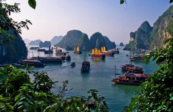 Combi Myanmar y Vietnam
