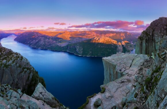 La Magia de los Fiordos y Stavanger